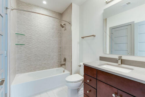 5127-33rd-st-arlington-basement-bath